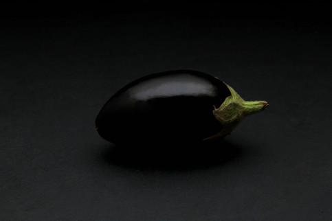 Christina Groth-Biswas - Baby aubergine