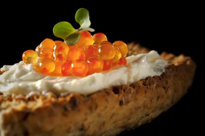 Crisp bread and caviar