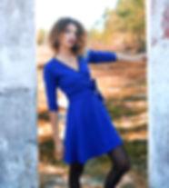 robe cache coeur bleue