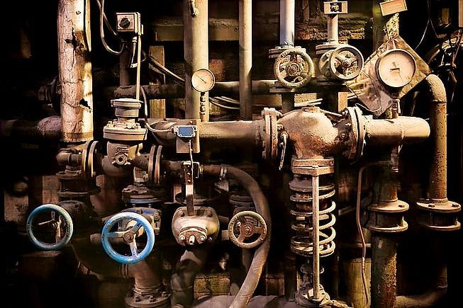 pipe-crane-valves-pressure-gauges-valves-hd-wallpaper-preview_edited.jpg