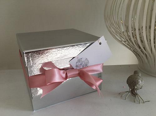 CHRISTMAS SILVER GIFT BOX & PINK RIBBON