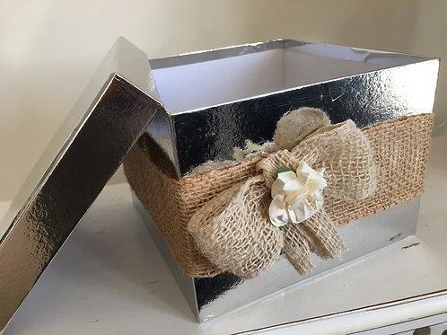 CHRISTMAS SILVER GIFT BOX