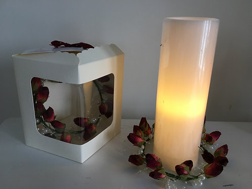 CHRISTMAS CANDLE WREATH AND GIFT BOX - 15CM