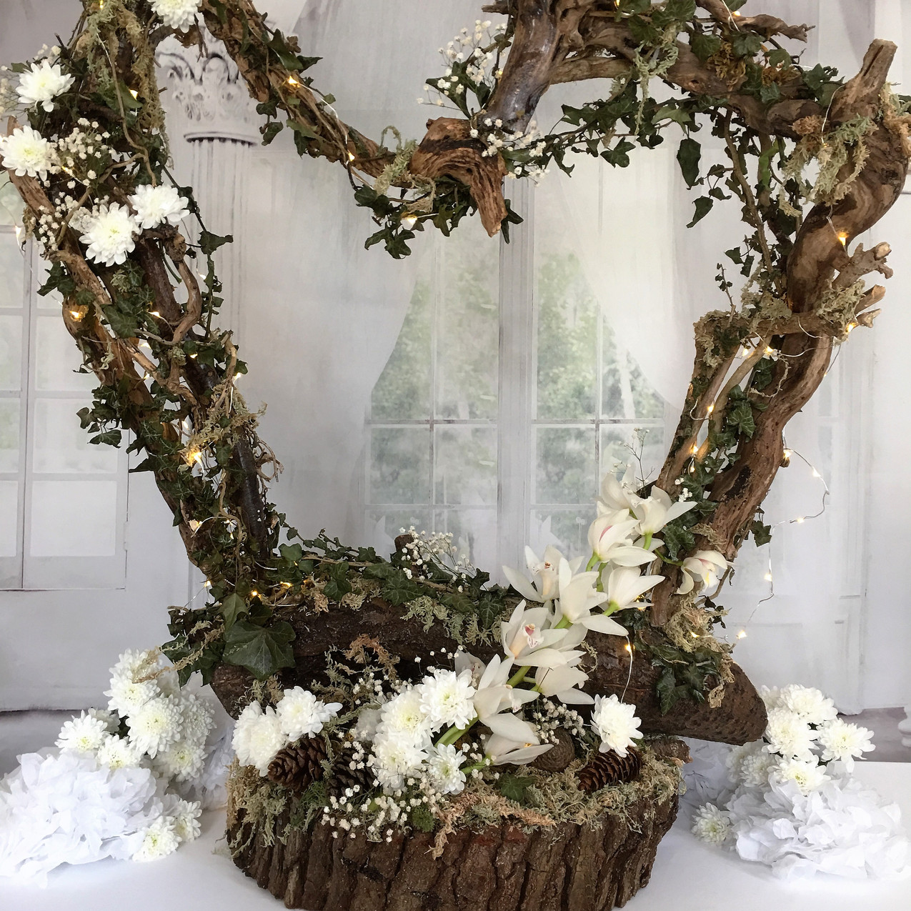 A STUNNING DISPLAY OVER 4 FT TALL . PERFECT TO COMPLIMENT TWO WOODS VENUE GIVING THAT BEAUTIFUL RUSTIC WEDDING