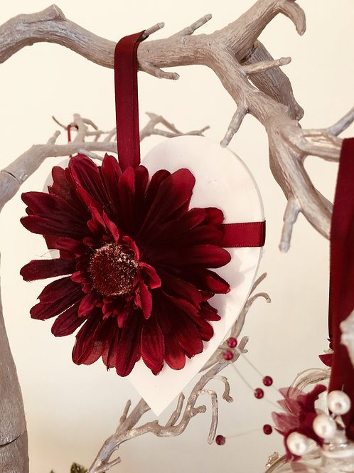 HANGING DECORATIVE FLORAL HEART  - GIFT BOXED -14.5CM