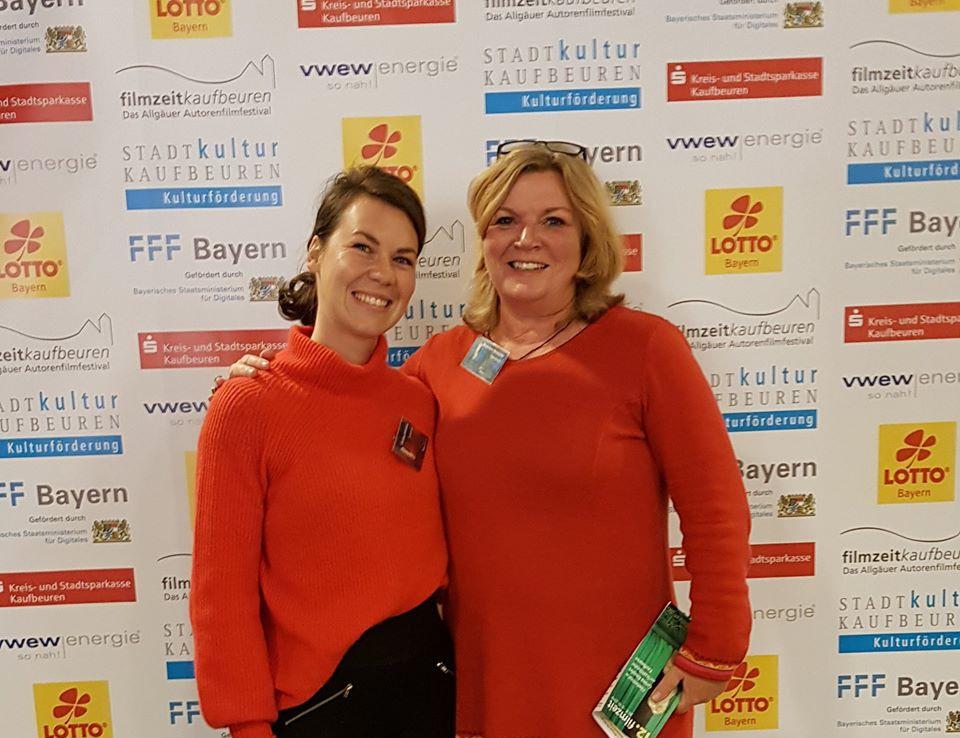 Festivallleitung Birgit Kern-Harasymiw mit Christina Schmideder