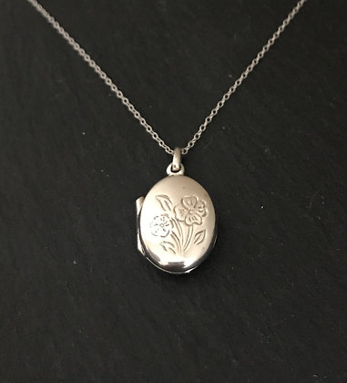 Oval Flower Silver Locket
