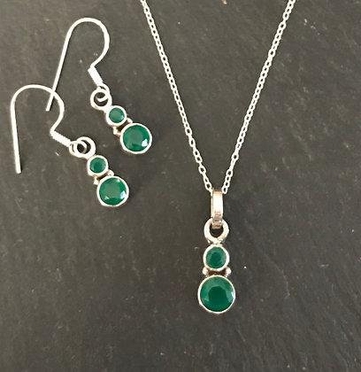 Round Emerald Set