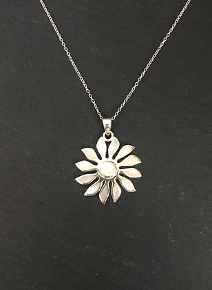 Mother of Pearl Flower Pendant