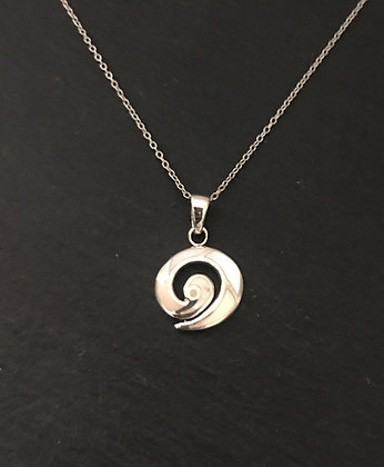 Mother of Pearl Swirl Pendant