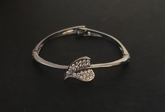 Bling Leaf Bangle