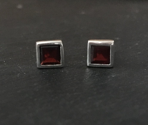 Garnet and Silver Square Studs