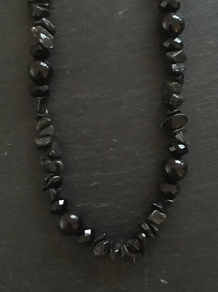 Black Round and Chip Bead Necklace