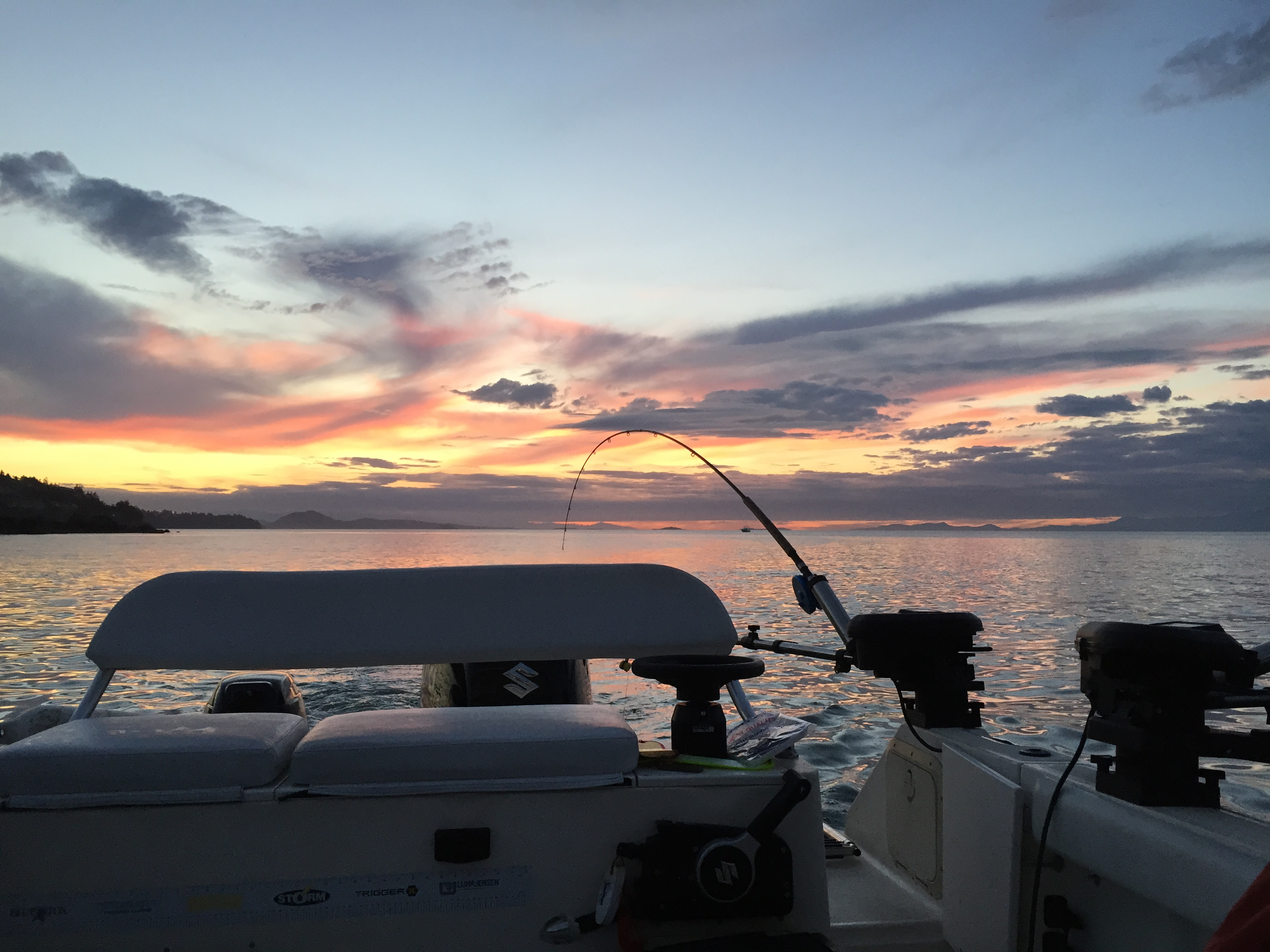 Sunset fishing charter in Nanaimo