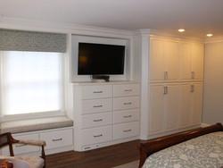 Indian Hill master bedroom built-ins
