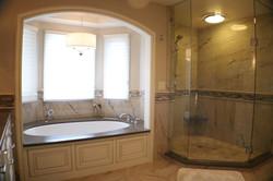 Oak Hills area master bath remodel