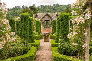 Hampton Court Castle & Garden, Nr Leominster