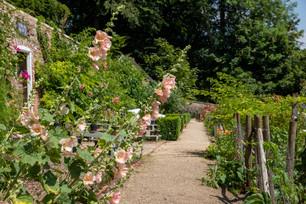 Cerney House & Garden, Nr Cirenecster