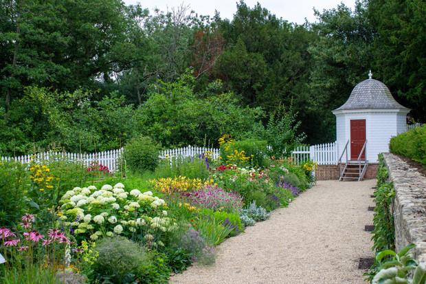 Mount Vernon Garden at American Museum & Garden