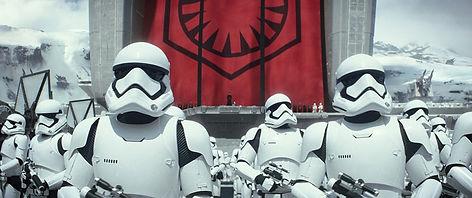 Lane-Star-Wars-The-Force-Awakens-Reviewe