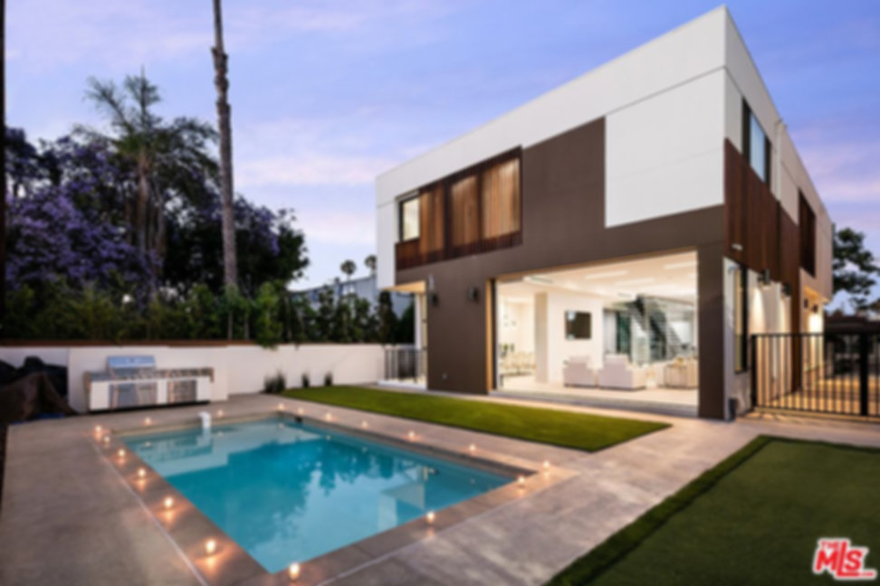 Beverly Hills California homes for ale