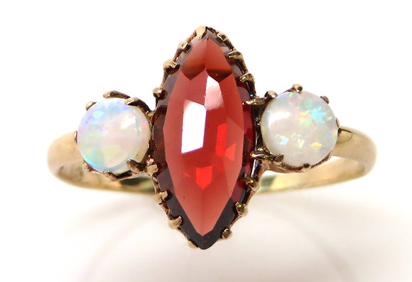 10K Garnet and Opal Ring