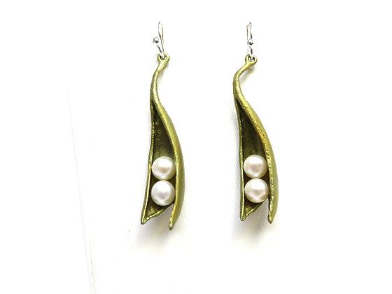 Pea Pod Pearl Earrings