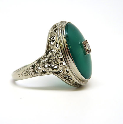 14K Green Onyx and Diamond Ring