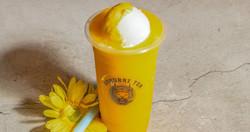 Mango slushees with ice cream