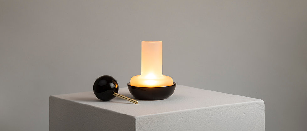 "BLACK MARBLE ""QUINQUÉ"" CANDLE LIGHT"