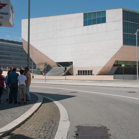 Casa da Musica, Porto, Portugal (2005). Arquitectura: OMA, Office for Metropolitan Architecture