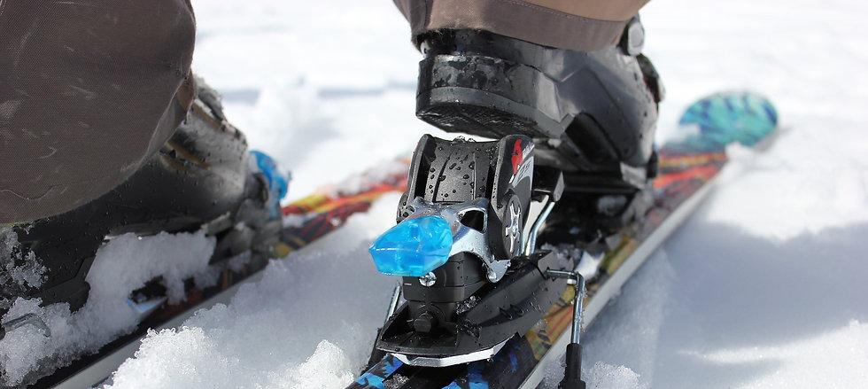 ski-810500_1920.jpg
