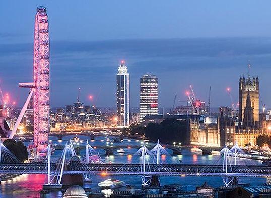 london-skyline-at-night.xd4ae0542.jpg