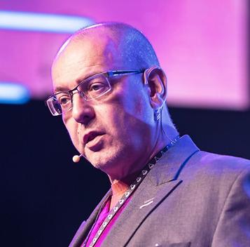 Stefan Chmelik.png