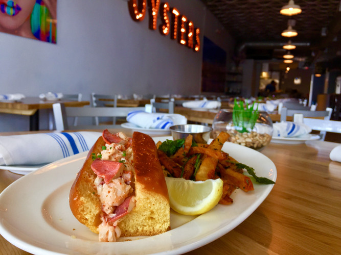 Calle Lobster Roll