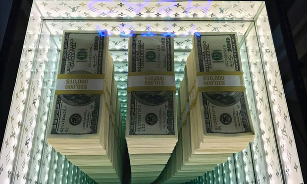 Petty Cash ZMK close up