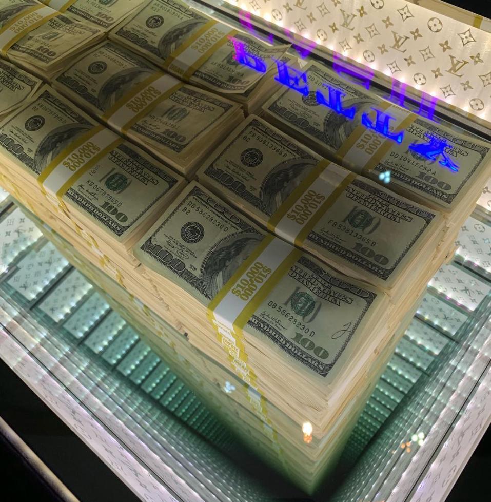 Petty Cash Large