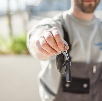 7 key features to look for in a vehicle rental software for car and van rental operators