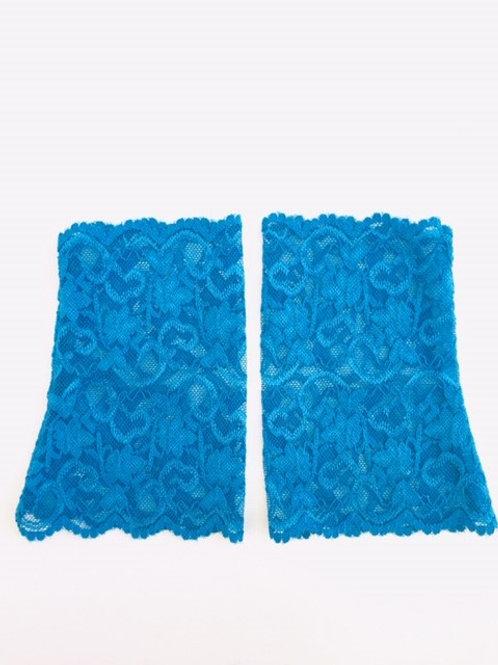 Spitzenstulpen leuchtend blau