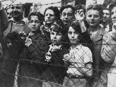 """The Forward: """"No, The Syrian Refugee Crisis Is Not Another Holocaust"""""""