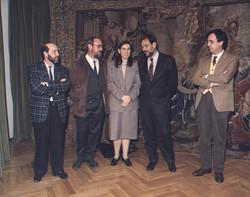 1989 - 1Foto con el ministro Solana.jpg