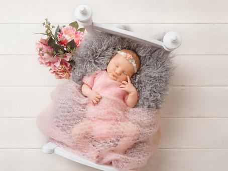 Skylar 9 days | Moncton Newborn Photographer