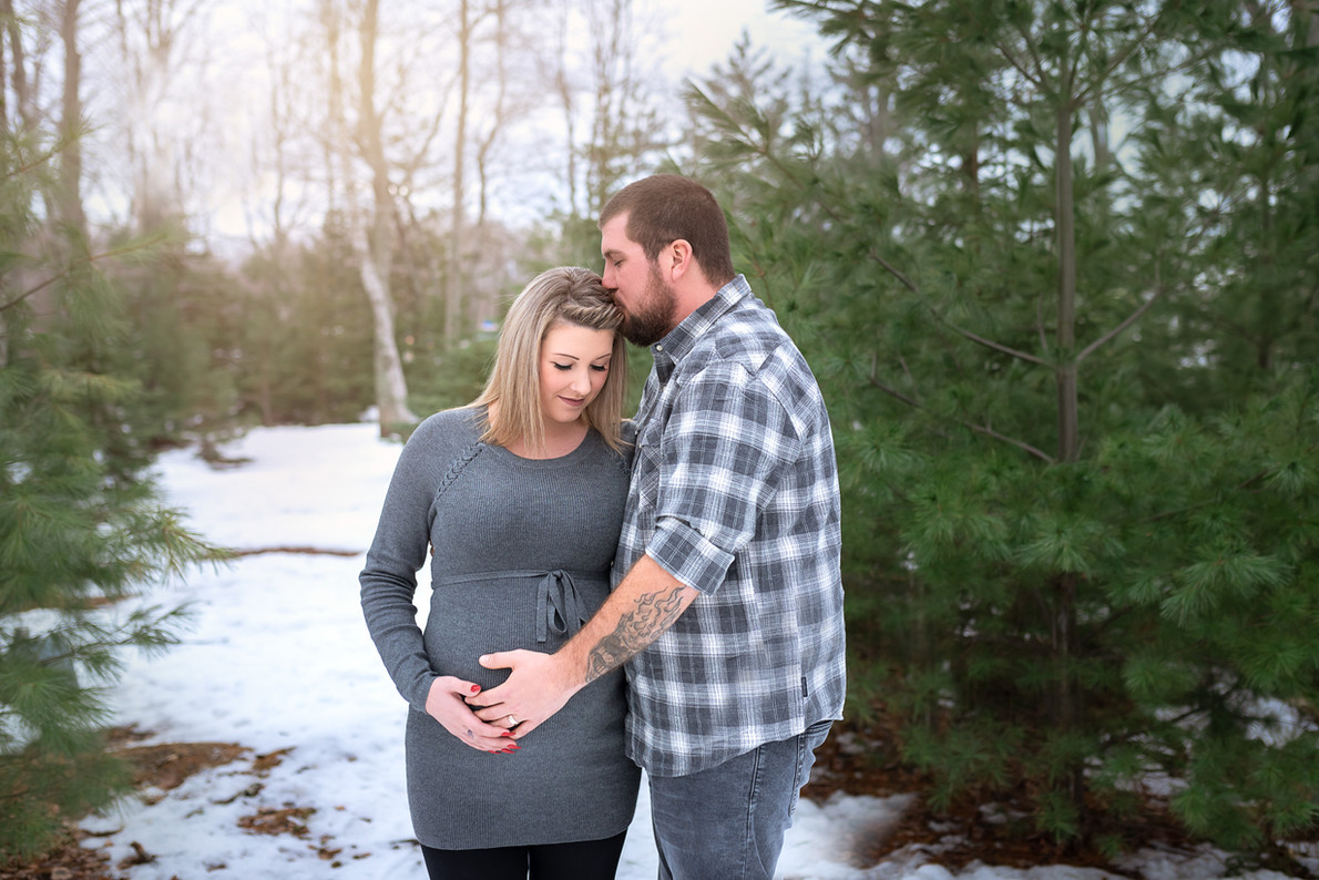 Moncton maternity pregnancy photo picture photographer Irina Art Photography New Brunswick