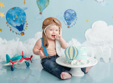 Hot Air Balloon Cake Smash session | Moncton baby photographer