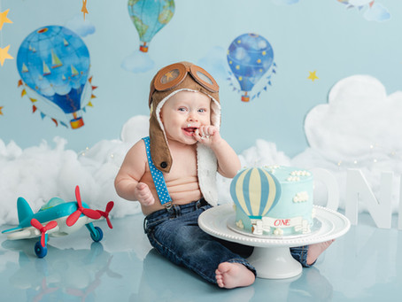 Hot Air Balloon Cake Smash session | Moncton baby photographer