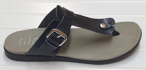 Nicole Sandals Size 7