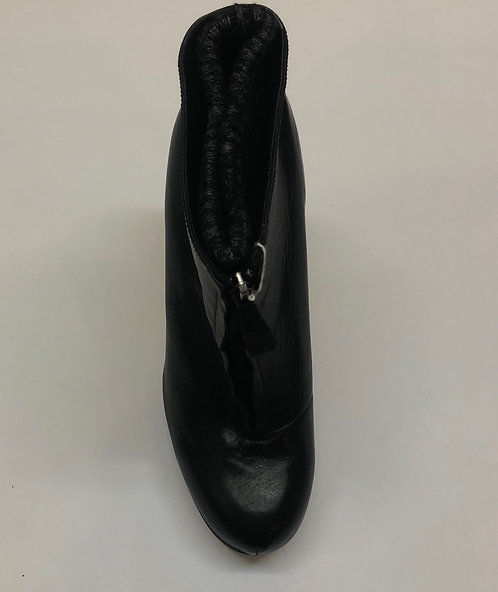 Dolce Vita Booties Size 9