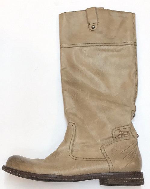 OTBT Boots Size 8
