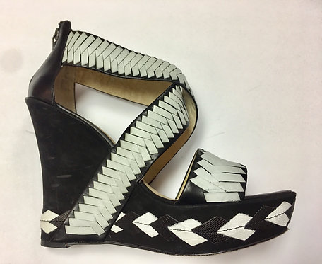 House of Harlow Size 9