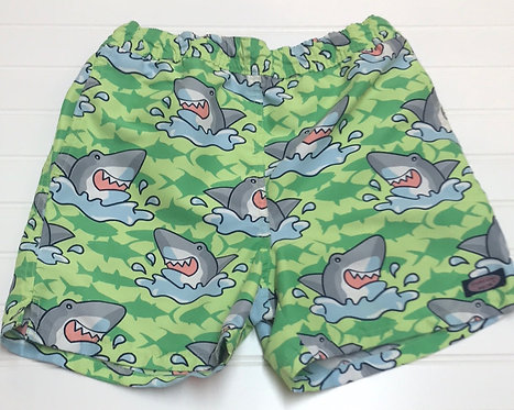Vineyard Vines Trunks Size 7